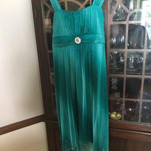 Beautiful green dress size 18 misses